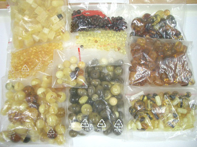 Packs of natural amber beads - cube, oval, round, olive