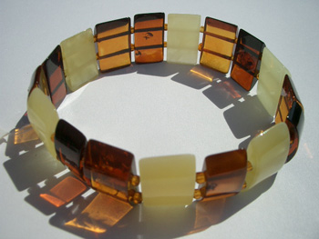 Faceted amber bracelet - stretch bracelet